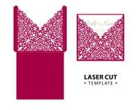 Malplaatje van de de envelopkaart van de laserbesnoeiing het vector met abstract ornament Stock Foto