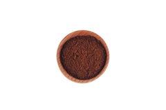 Malt kaffe i en träbunke royaltyfri fotografi