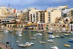 Maltańczyka wybrzeże przy morzem śródziemnomorskim Zdjęcie Stock