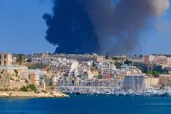 malta Огонь на отход-обрабатывая заводе Sant Antnin Стоковое Изображение