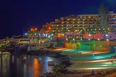 Malta - Bugibba en la noche Imágenes de archivo libres de regalías