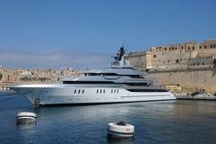 Malta, de schilderachtige baai van Valletta Stock Foto