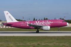 Malta, el 20 de noviembre de 2007: El alemán se va volando A320 Fotografía de archivo