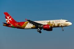 Malta för luft 9H-AEO flygbuss A320 Fotografering för Bildbyråer
