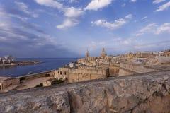 Malta från stadsväggarna efter en storm Arkivfoto