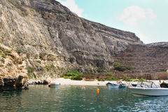 Malta, Gozo-Eiland, panorama van de interne lagune van Dwejra Royalty-vrije Stock Fotografie