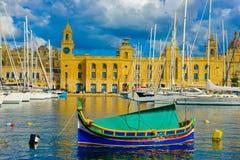 Malta härlig marina, LaValletta gränsmärken, lopp Europa royaltyfri bild