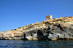 Malta, o local pitoresco da gruta azul Fotografia de Stock