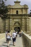 Malta, puerta de Mdina La entrada a la ciudad silenciosa Imagen de archivo