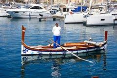 Maltese Dghajsa-watertaxi, Vittoriosa stock afbeeldingen