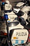 De politiefietsen van Malta Stock Afbeeldingen
