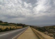 Maltesische Landschaftslandschaft auf dem Süden von Malta, Mittelmeer lizenzfreie stockfotografie