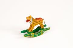 Malująca drewniana zabawka kształtująca jak tygrys Obraz Royalty Free