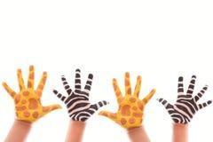 malująca dziecko ręka obraz stock