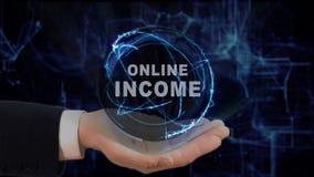 Malująca ręka pokazuje pojęcie hologramowi Online dochód na jego ręce Zdjęcie Stock