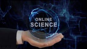Malująca ręka pokazuje pojęcie hologramowi Online naukę na jego ręce Obrazy Stock