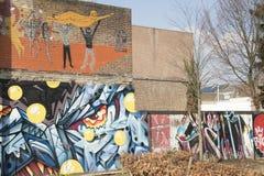 Malujący ścienny, uliczny sztuki wyrażenie, obrazy royalty free