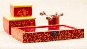 Malujący, drewniani mali pudełka dla wieloskładnikowych purposes, i klejnoty Zdjęcie Stock