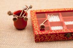 Malujący, drewniani mali pudełka dla wieloskładnikowych purposes, i klejnoty Zdjęcia Royalty Free
