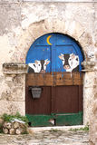 Malujący drzwi sera sklep, Włochy Fotografia Royalty Free