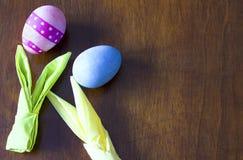 malujący Easter kolorowi jajka obrazy royalty free
