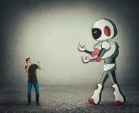 Malutka m??czyzna walka przeciw gigantycznego droid sztucznej inteligencji royalty ilustracja