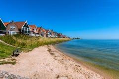 Malutka plaża w Volendam holandiach Zdjęcie Royalty Free