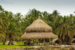 Malutka wyspa w karaibskim archipelagu San Bernardo blisko Tolu, Kolumbia Fotografia Royalty Free