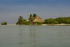 Malutka wyspa w karaibskim archipelagu San Bernardo blisko Tolu, Kolumbia Obrazy Royalty Free
