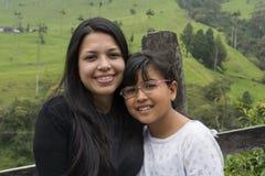 Mamá y muchacha del padre fotografía de archivo libre de regalías