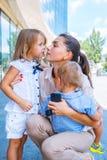 Mamá y niños del negocio fotografía de archivo libre de regalías