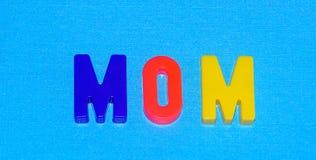 Mamã com fundo azul Imagens de Stock Royalty Free
