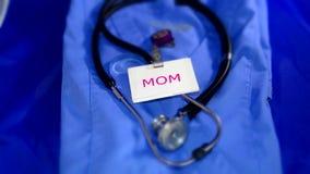 Mamã de funcionamento médica dos cuidados médicos Foto de Stock