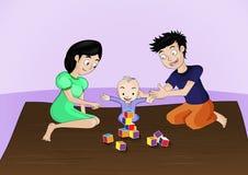 A mamã e o paizinho jogam com eles criança, ele são tempo feliz Fotos de Stock
