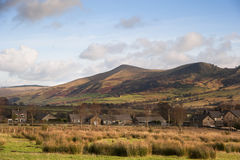Mam Tor in Peak District National Park viewed from Edale village Royalty Free Stock Photos