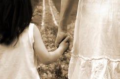 Mama con la hija Fotos de archivo libres de regalías