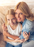 Mama e hija Imagenes de archivo