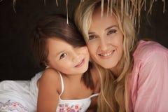 Mama i córka Zdjęcia Royalty Free