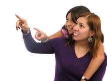 Mama und Daugther über Weiß Lizenzfreie Stockbilder