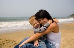 Mama y hijo fotografía de archivo libre de regalías