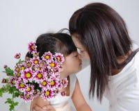 Mama y su hija Imagenes de archivo