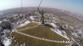 Mamaev库尔干纪念品鸟瞰图在伏尔加格勒 俄国 股票视频