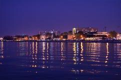 Mamaia, Rumania en crepúsculo. Fotos de archivo