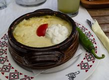 Mamaliga, un plat traditionnel roumain photo libre de droits