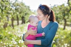Maman avec l'enfant Image stock