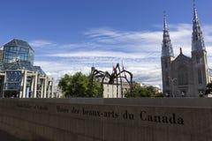 Maman-Skulptur vor National Gallery in Ottawa, Kanada Stockfotografie