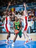 Mame Maria w akcji podczas koszykówki dopasowania usa vs SENEGAL obraz stock
