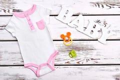 Mameluco de alta calidad del verano del bebé Fotos de archivo libres de regalías