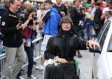 Mamie dans un fauteuil roulant Images stock