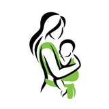 Mamma che tiene il suo bambino in un'imbracatura illustrazione di stock